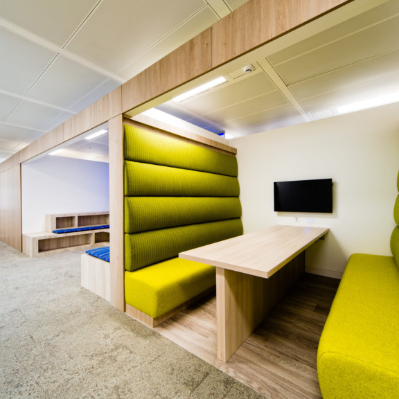 office-design-for-LonelyPlanet-8_1728x1728_acf_cropped