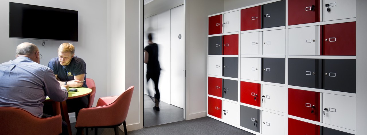 Maximising-storage-in-your-office-space_3840x1414_acf_cropped