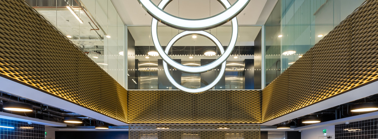 office-design-for-One-Alie-Street-8_3840x1414_acf_cropped