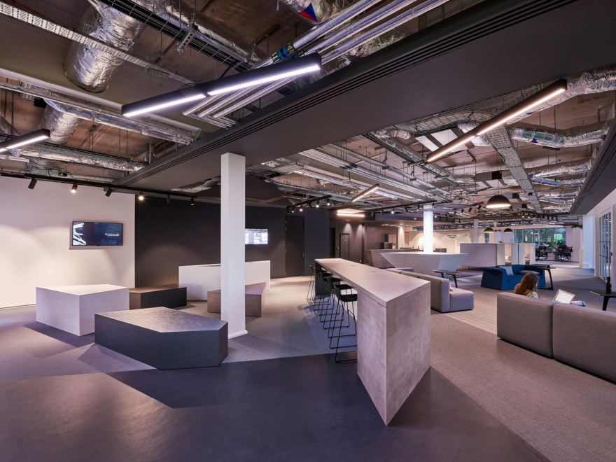 office-design-for-Gymshark-_2640x1980_acf_cropped
