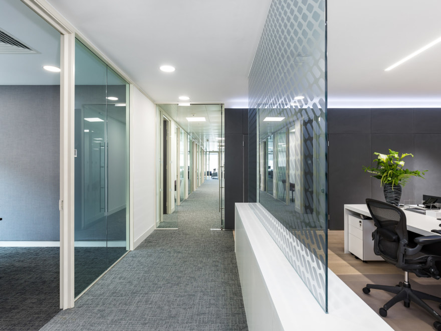 office-design-by-oktra_2640x1980_acf_cropped_2640x1980_acf_cropped