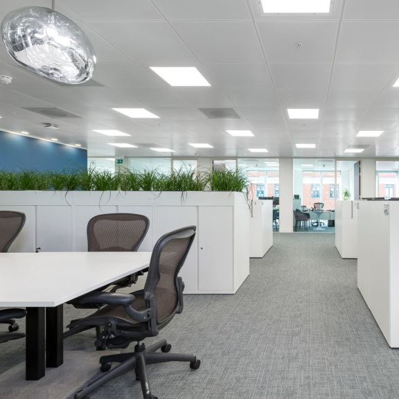 workplace-design-and-build-by-oktra_1728x1728_acf_cropped